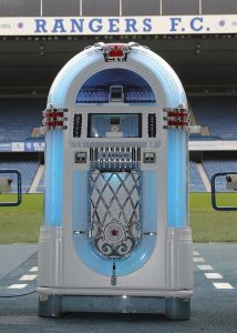 Custom Jukeboxs - CUSTOMISE YOUR JUKEBOX! - We are the Portugese Distributor for Sound Leisure Jukeboxs,custom built for you